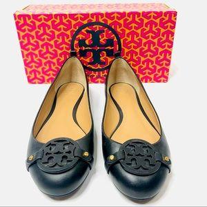 Tory Burch Gabriel Leather Flat Black 9.5